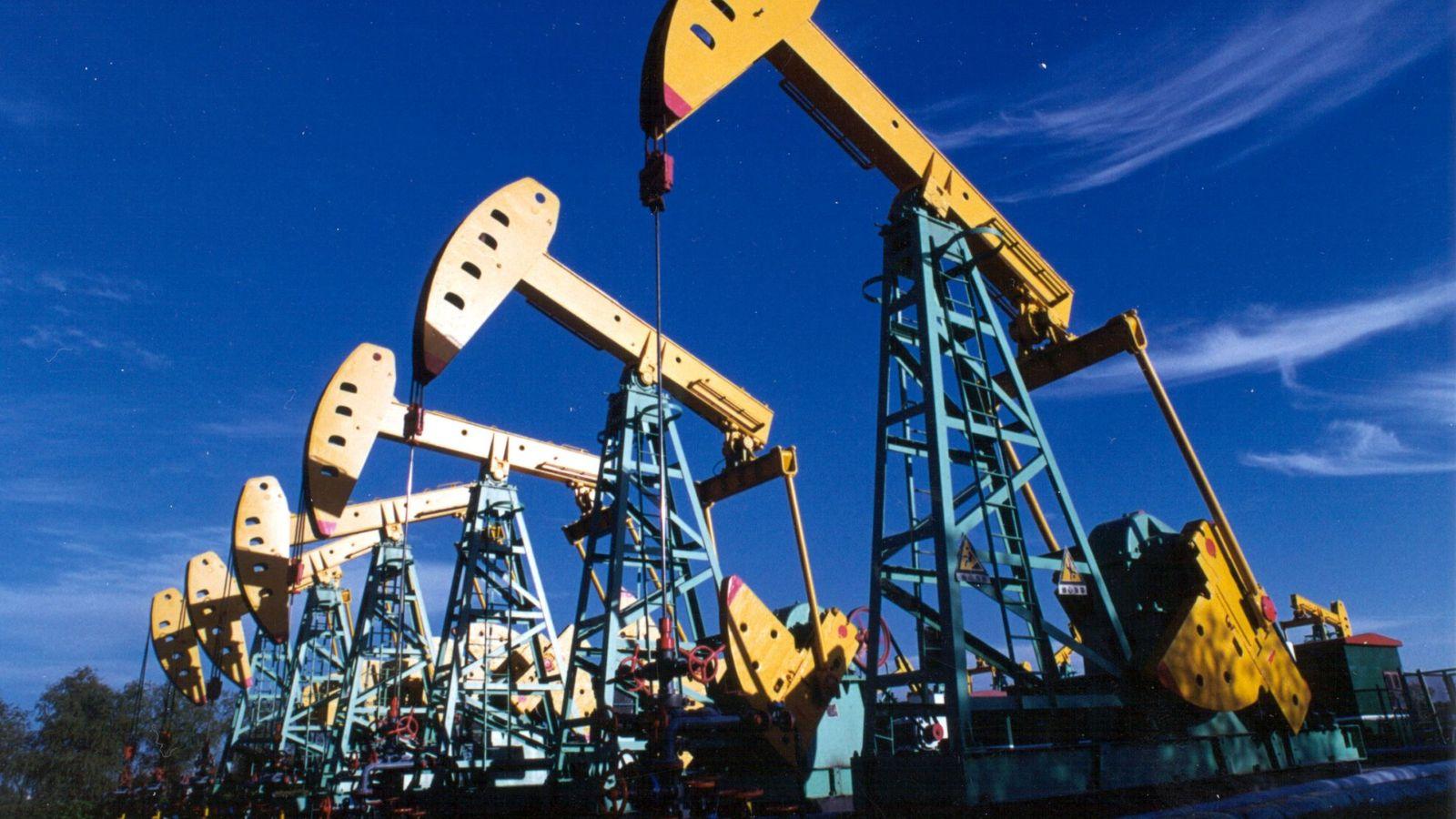 Foto: Bombeo de petróleo (Reuters)