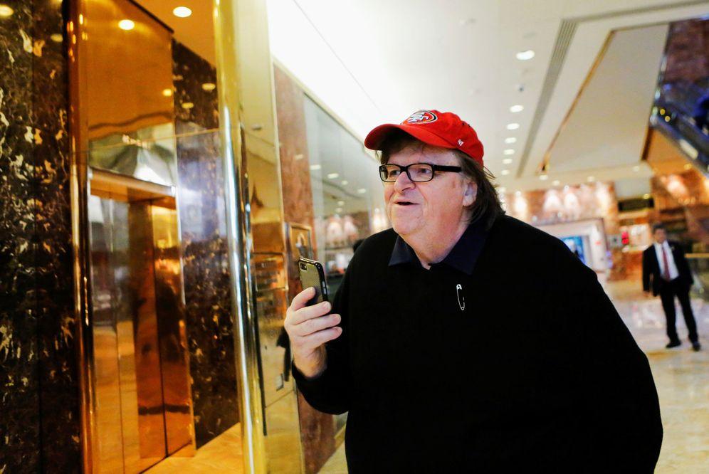 Foto: Michael Moore en la Trump Tower (Reuters)