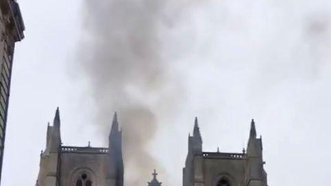 Declarado un incendio de consideración en el interior de la catedral de Nantes