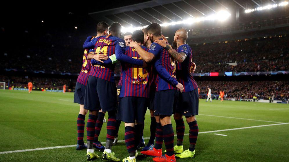 Foto: El Barcelona celebra uno de sus goles frente al Olympique de Lyon. (EFE)