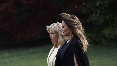 Los looks de Melania Trump y Brigitte Macron, las gemelas chic de 'El resplandor'