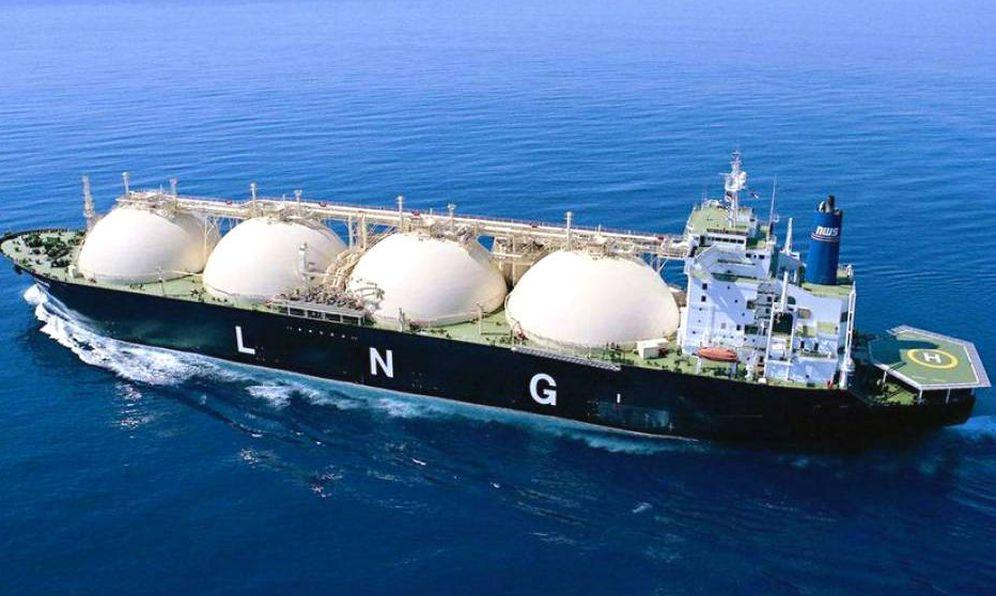 Foto: Un buque transporta Gas Natural Licuado. (Reuters)