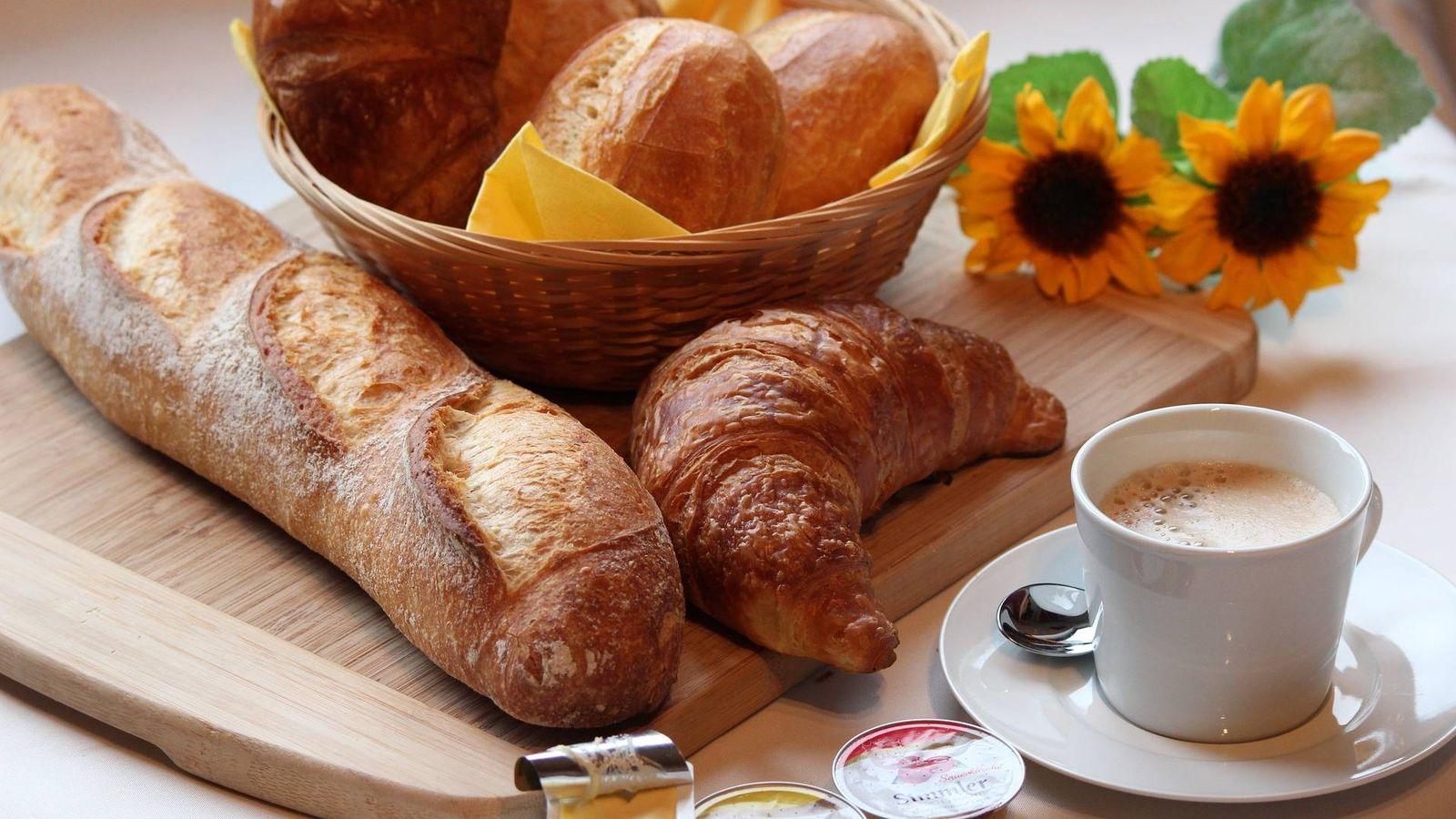 Foto: Hay versiones saludables de los alimentos clásicos del desayuno.