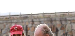 Post de El rey Juan Carlos, encantado: regatas y cena en Sanxenxo con la niña de sus ojos