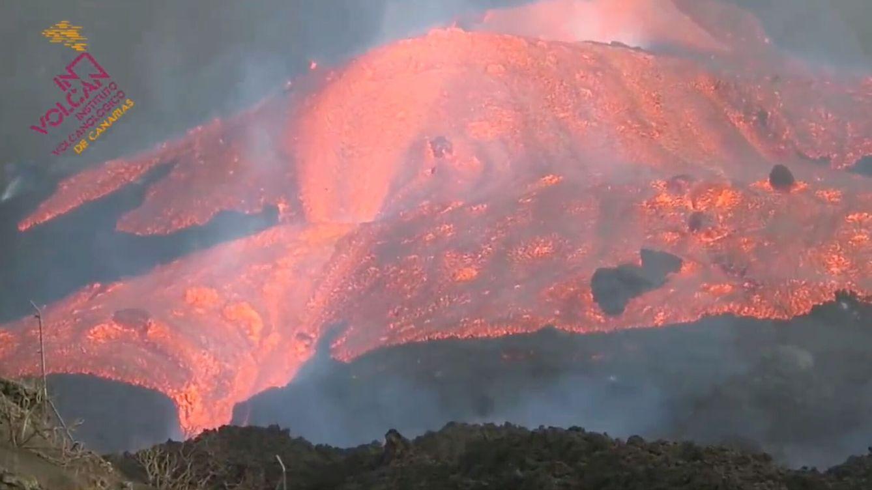 Última hora volcán La Palma | La colada se ralentiza tras sepultar un  supermercado y un campo de fútbol