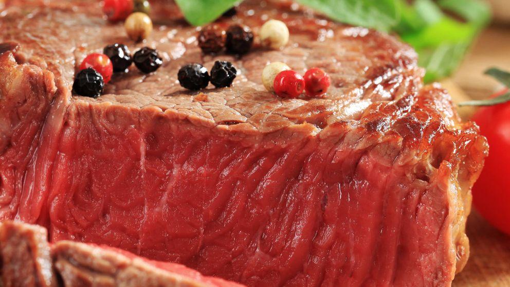La nueva dieta que afirma que puedes perder peso si solo comes carne y hamburguesas