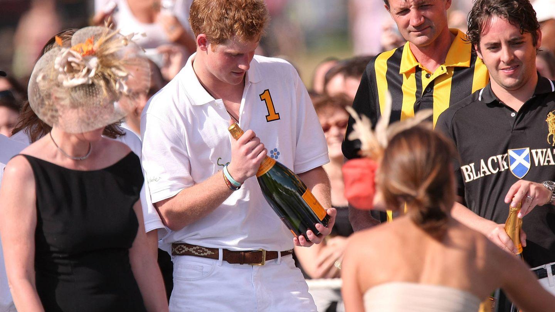 El príncipe Harry, listo para jugar. (Getty)