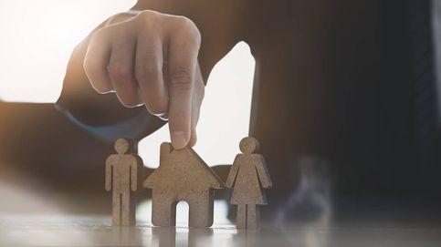 Tengo más de 65 y un hijo quiere comprarme un piso, ¿se declara la venta?