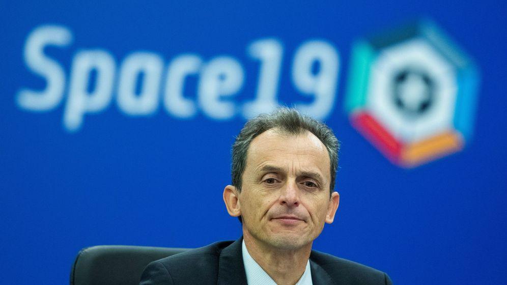Foto: El ministro de Ciencia, Pedro Duque, durante el Consejo ministerial de la Agencia Espacial Europea, en 2019. (EFE)