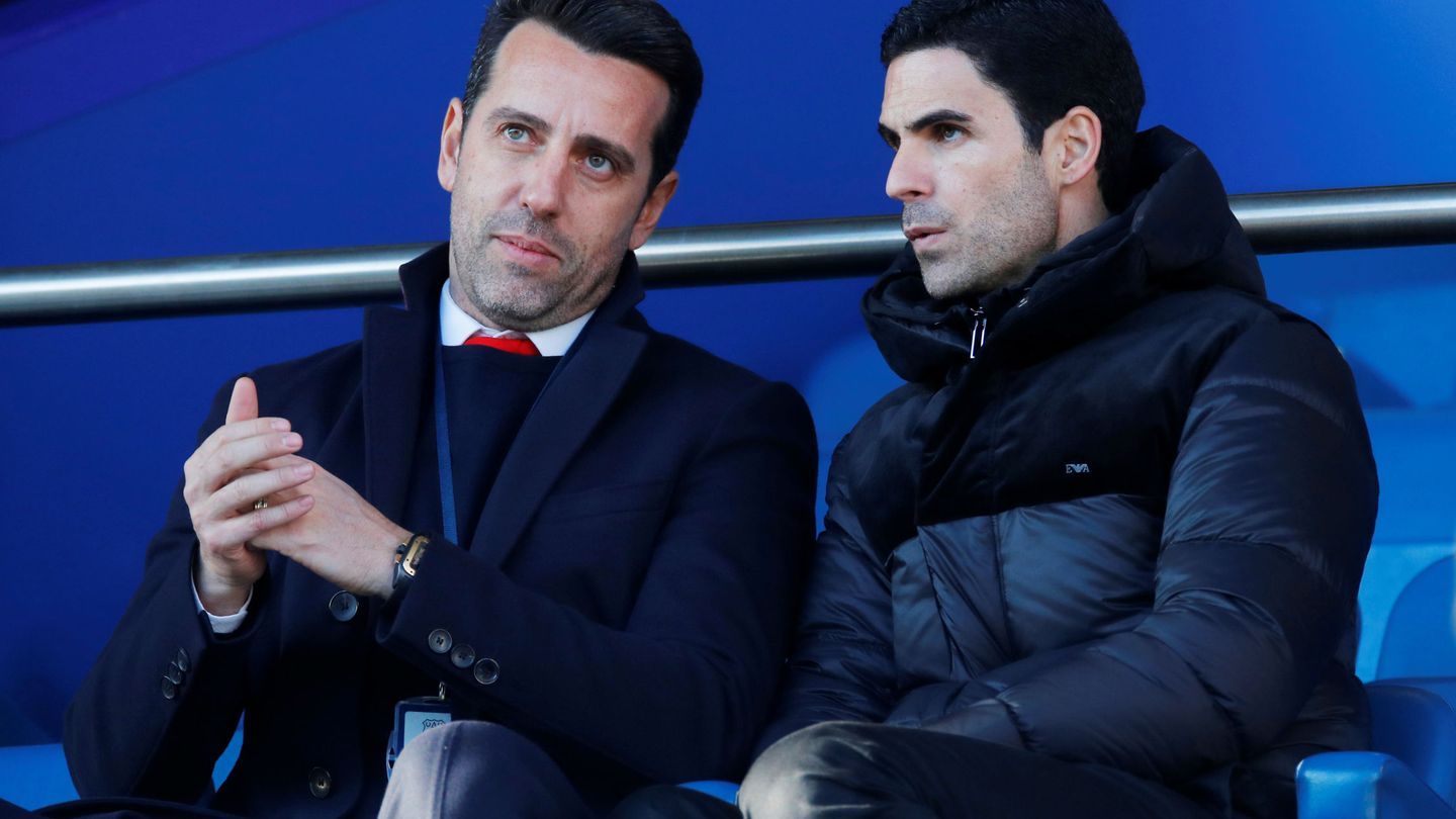 Soccer Football - Premier League - Everton v Arsenal - Goodison Park, Liverpool, Britain - December 21, 2019  New Arsenal manager Mikel Arteta and technical director Edu inside the stadium before the match   REUTERS Phil Noble  EDITORIAL USE ONLY. No use with unauthorized audio, video, data, fixture lists, club league logos or 'live' services. Online in-match use limited to 75 images, no video emulation. No use in betting, games or single club league player publications.  Please contact your account representative for further details.