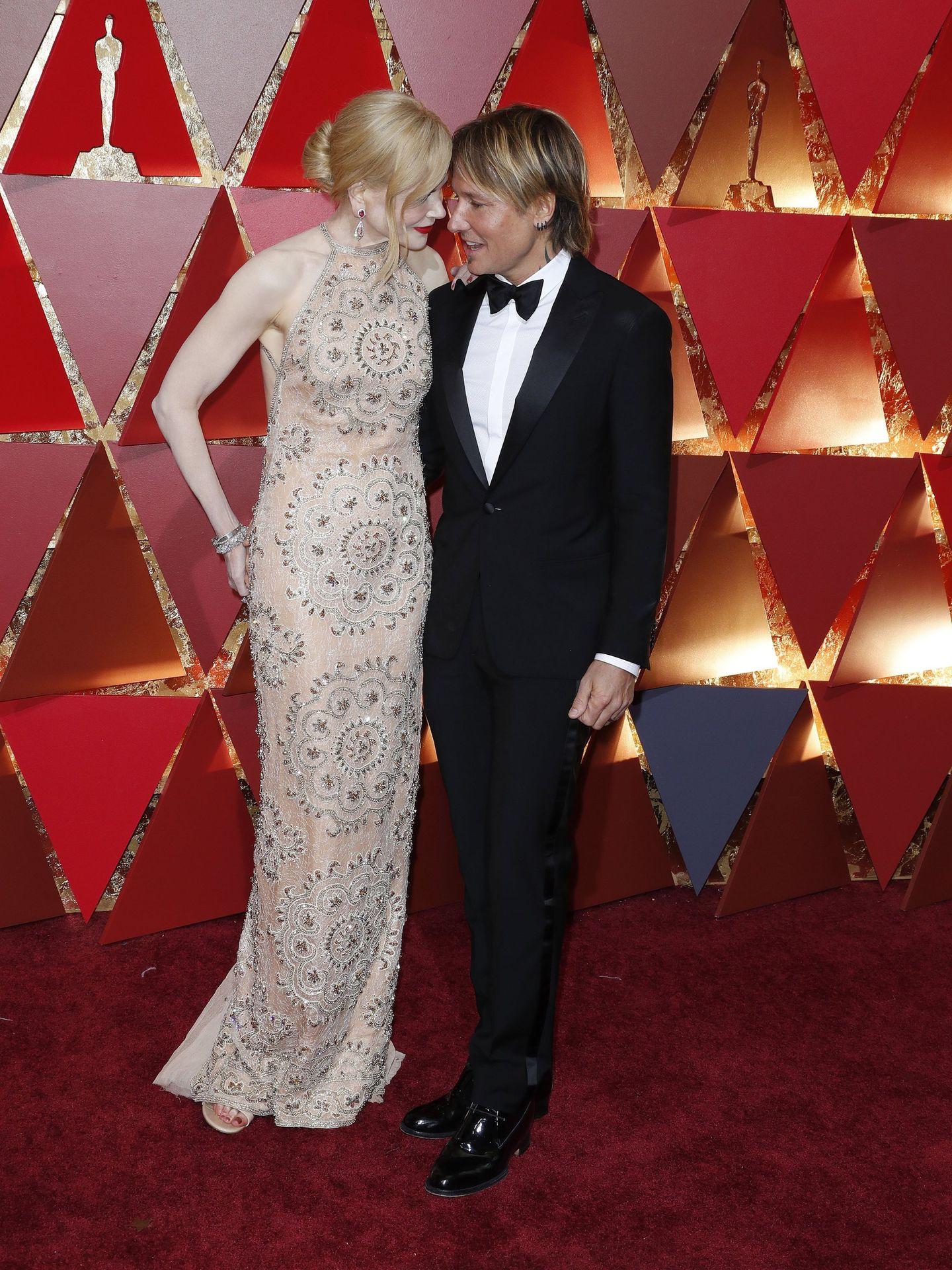 Nicole Kidman y Keith Urban, pareja con estrella. (EFE)
