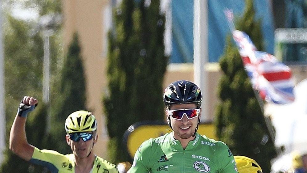 Foto: Peter Sagan tras pasar por meta. Foto: Juan Medina (REUTERS)