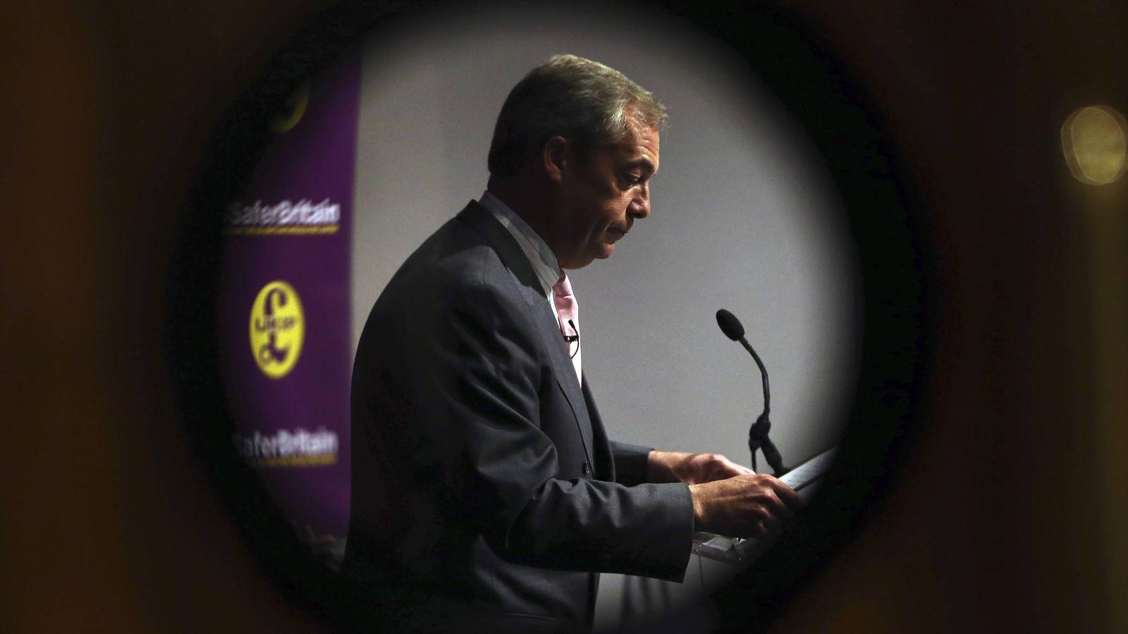 Foto: El líder del UKIP Nigel Farage habla durante un evento a favor del Brexit, en Londres, el 3 de junio de 2016 (Reuters).