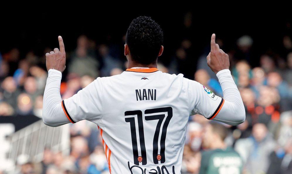 Foto: El rendimiento de Nani en el Valencia está dejando mucho que desear. (EFE)