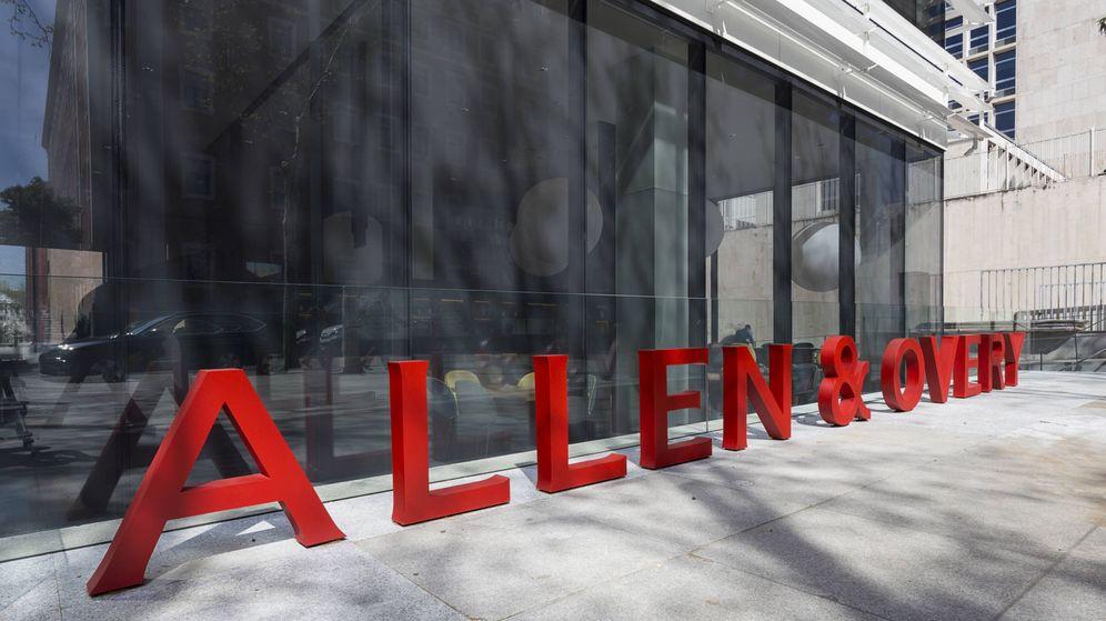 Foto: Exterior de la sede de Allen & Overy en Madrid.