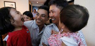 Post de Birmania libera a los dos periodistas de Reuters con un perdón presidencial