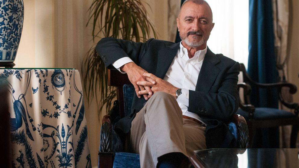 Pérez-Reverte dejará la RAE si revisa la Constitución para añadir lenguaje inclusivo