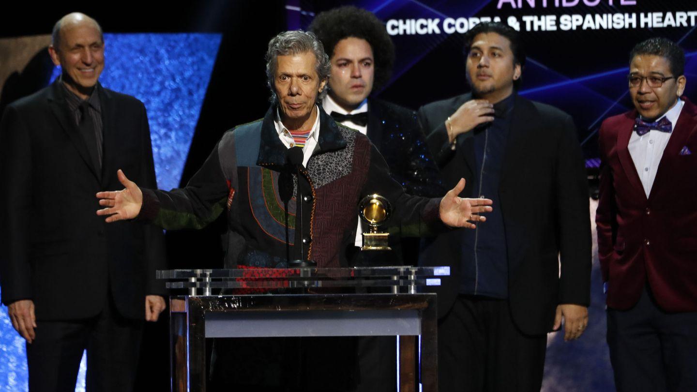 Chick Corea y The Spanish Heart Band recogen el premio al mejor álbum de jazz latino por 'Antidote'. (Reuters)