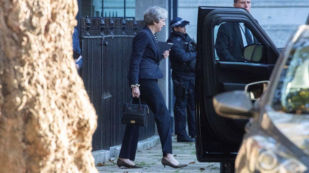 May abre la puerta a extender el periodo de transición del Brexit