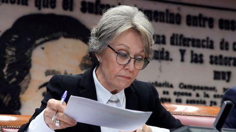 El PP y Vox acusan al PSOE de bloquear el control a Rosa María Mateo