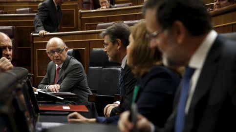 Rajoy equipara las amnistías fiscales del PSOE con la griega para defender la suya