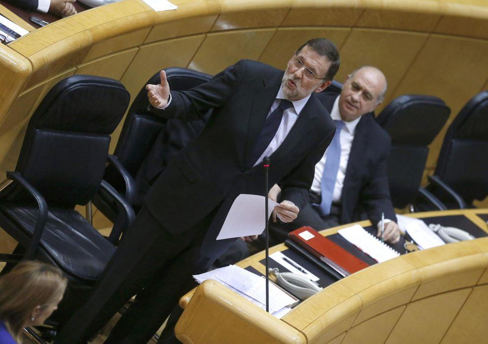 Foto: El presidente del Gobierno, Mariano Rajoy (i). (EFE)