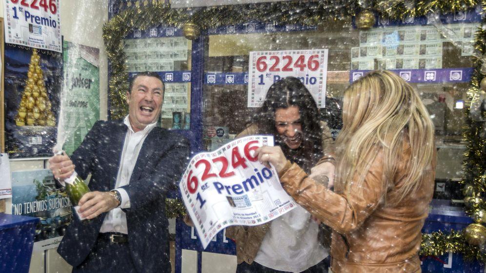Foto: Cada vez compramos más décimos de Lotería por Internet