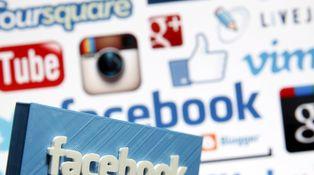 De cómo las redes sociales le llevan hacia la demencia y no siempre ganando dinero