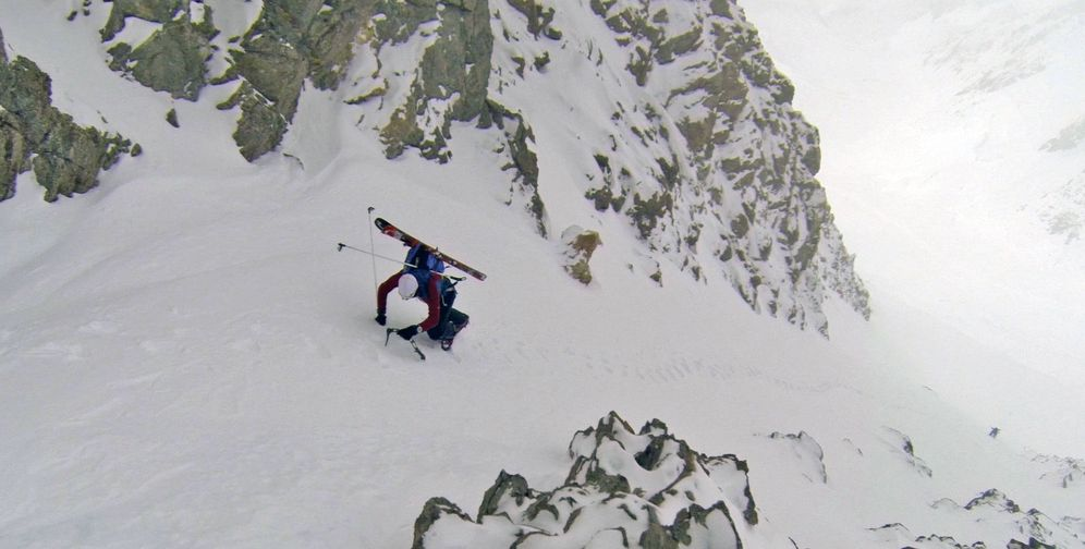 Foto: Kilian Jornet, en plena ascensión. (FOTO: summitsofmylife.com)
