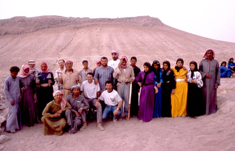 Foto: Arqueólogos españoles durante excavaciones en Siria en la década de los noventa (Foto: P. Subiranas/SAPPO/UAB).