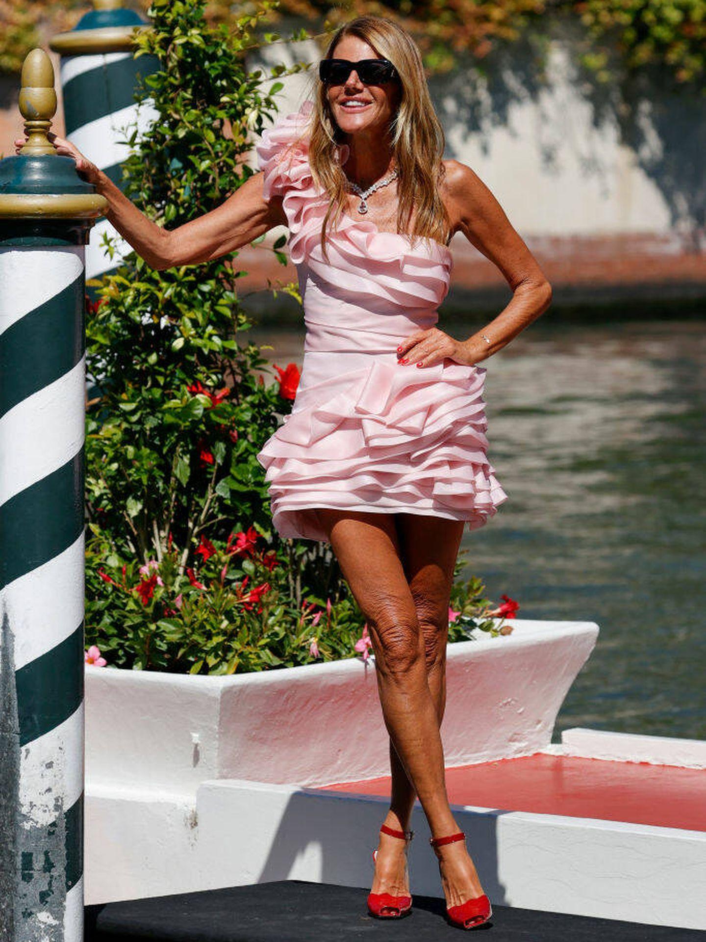 Anna Dello Russo llega al Festival de Venecia de 2021. (Getty)