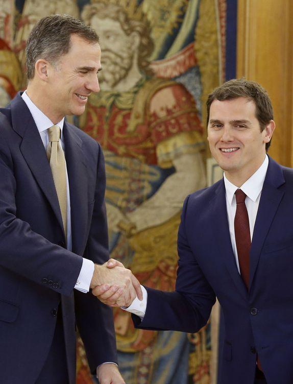 Felipe VI y Albert Rivera en Zarzuela. (Efe)