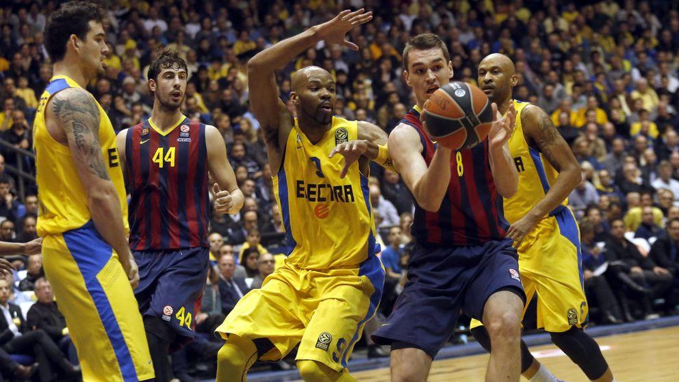 El Barcelona brilla ante el Maccabi y le echa una mano a su máximo rival