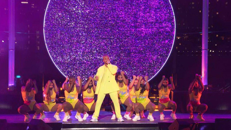 Maluma, en los VMA vestido de Balmain. (EFE)
