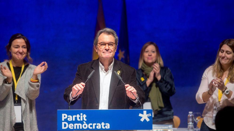 Foto: El expresidente del PDeCAT Artur Mas, en su despedida del partido. (EFE)
