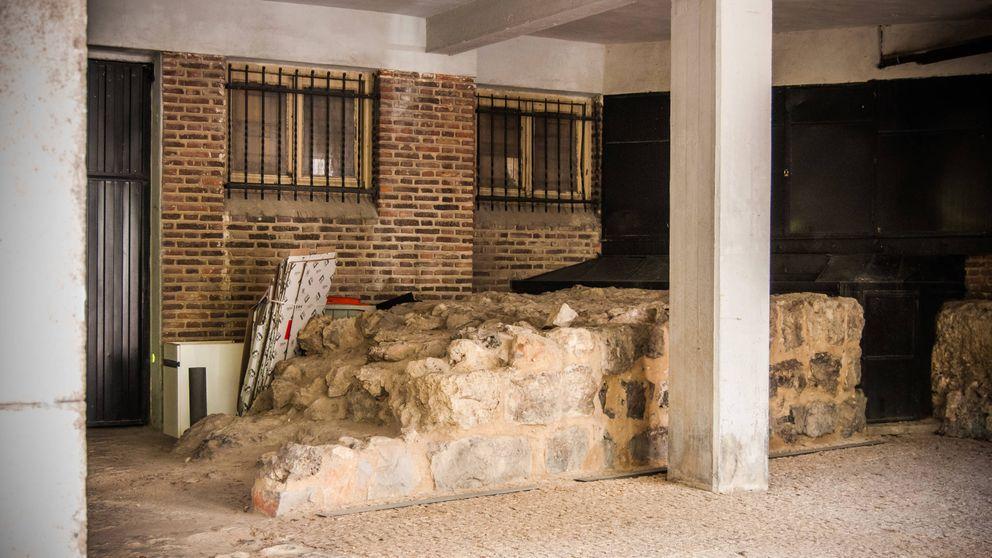Todas las fotos del 'secuestro' de la muralla árabe en un garaje de Madrid