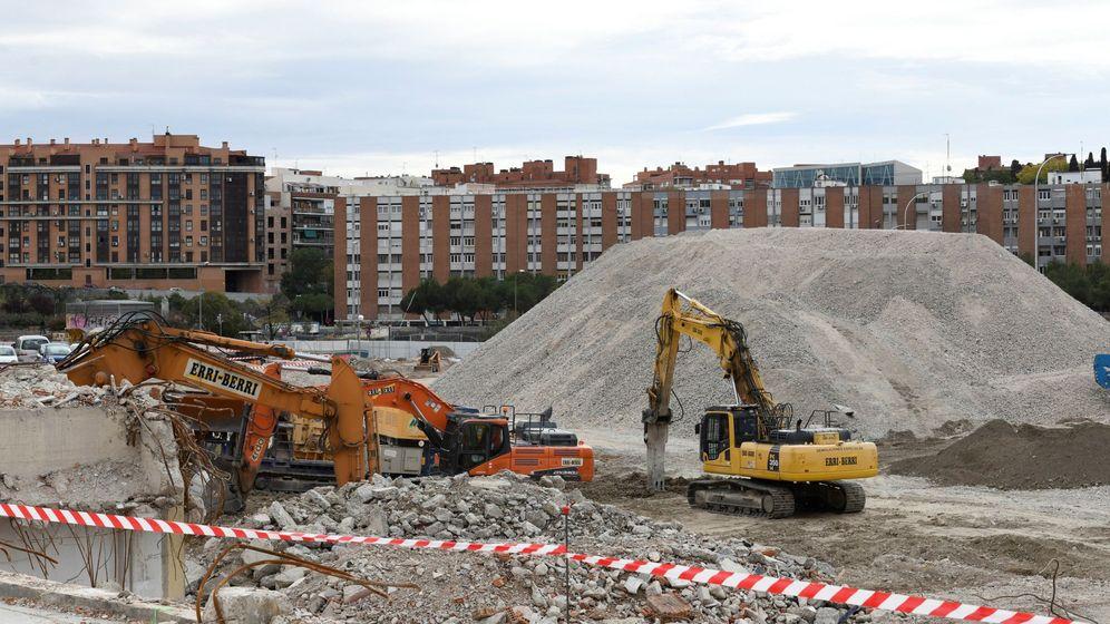 Foto: El sector de la construcción no se detiene durante el estado de alarma. (EFE)