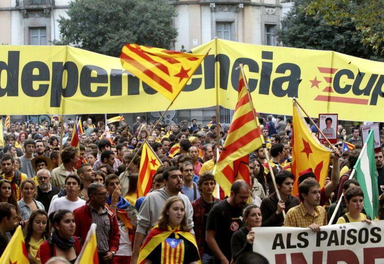 Manifestación de la diada nacional de catalunya