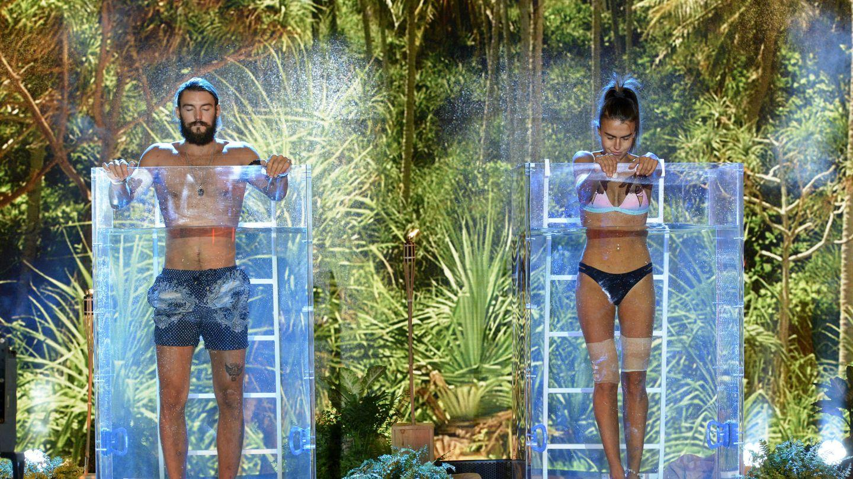 Logan y Sofía, instantes antes de arrancar la prueba de apnea. (Mediaset)