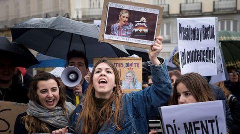 Protesta en Sol para pedir la dimisión de Cifuentes: La URJC no se vende al PP