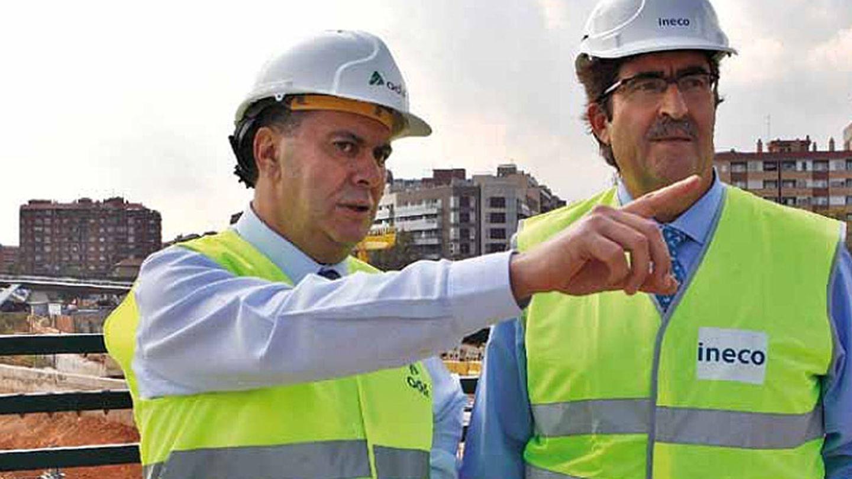 Rafael Rodríguez (i) con José María Urgoiti. (ADIF)