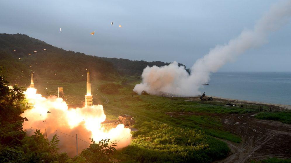 Foto: Ensayos balísticos en Corea del Sur, esta mañana, tras el lanzamiento Corea del Norte. (EFE)