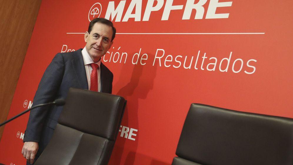 Foto: El presidente de Mapfre, Antonio Huertas, en una presentación de resultados. (EFE)
