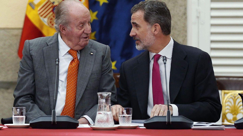 Don Juan Carlos y don Felipe. (EFE)