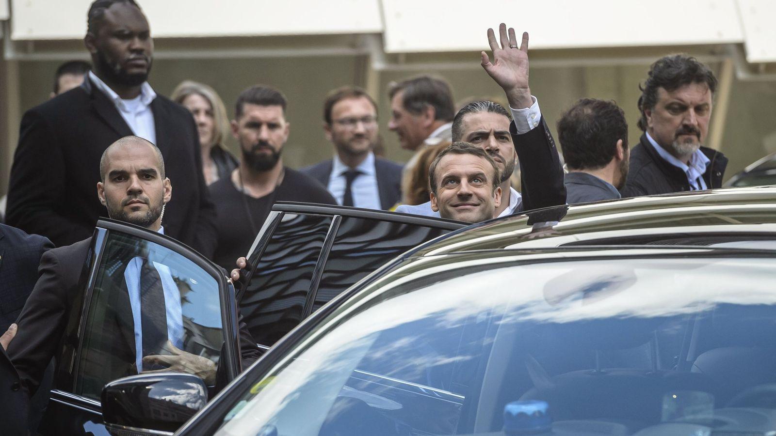 Foto: Emmanuel Macron llega a un encuentro informativo del partido En Marcha en París, el 13 de mayo de 2017. (EFE)
