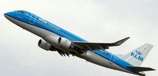 Post de La aerolínea KLM pide a las madres que se tapen al dar el pecho a sus bebés