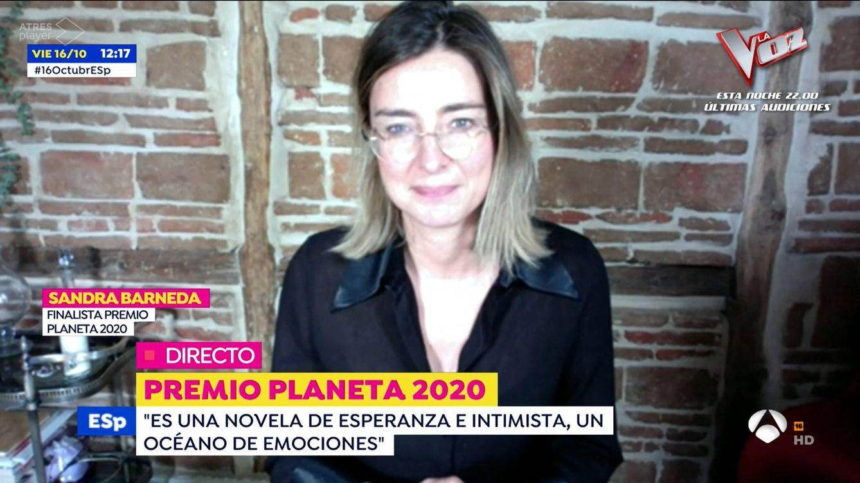Tenemos muchas imágenes para ti: 'Espejo público' sorprende a Sandra Barneda, finalista del Premio Planeta