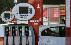Los carburantes sólo bajaron entre el 3,4% y el 4,1% el pasado año