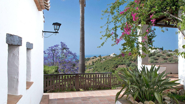 Desde La Posada Morisca también se ve el mar.