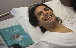 Falcao estrena nariz mientras se recupera de su operación de rodilla